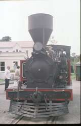 125882: Shantytown Light Engine in street 'Kaitangata'