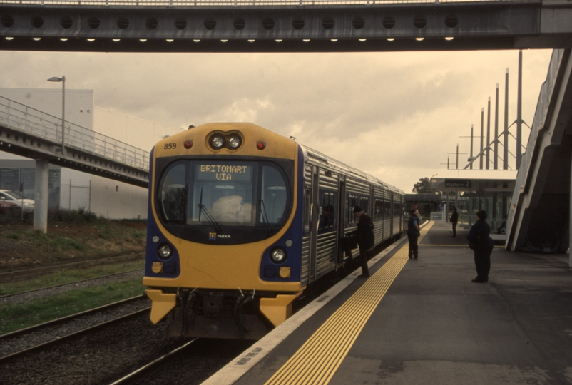 132794: Papakura Suburban To Auckland ADC 859 trailing