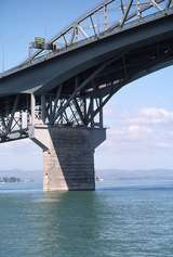 400825: Auckland Harbour Bridge North Island NZ showing cantilevered road widening